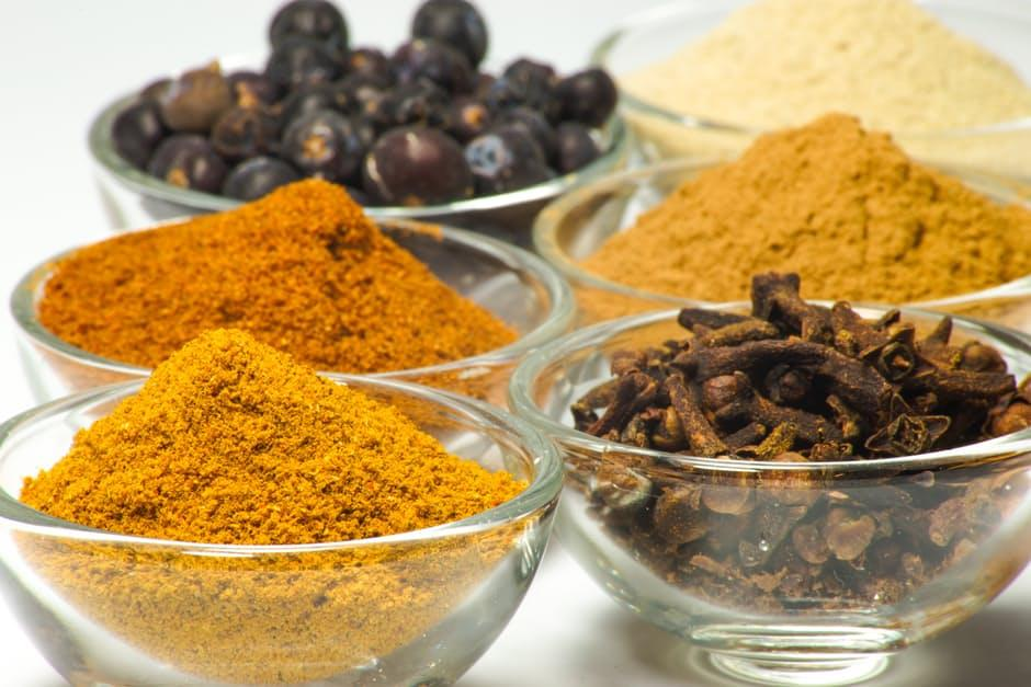 a-complete-guide-to-herbs-spices