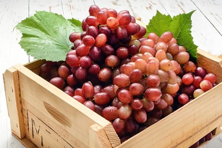 how-to-peel-grapes