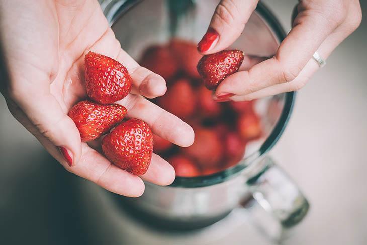 Blend Strawberries