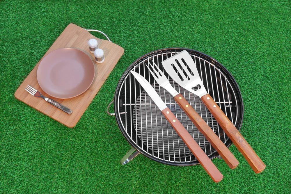 Barbecue Tools For Smoking Chicken